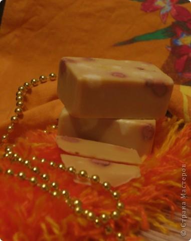 решила попробовать сварить мыло, и вот что получилось... мыло с ароматом апельсина... фото 1