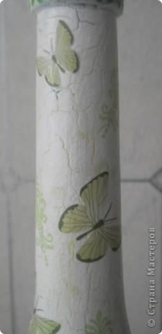 Всем хорошего настроения, настроя и вдохновения! Вот попробовала сделать из бутылки вазочку для цветочков (горлышко узкое, но для 1 цветка или небольшого букетика думаю в самый раз.) Букетик из салфетки + подрисовка фото 2
