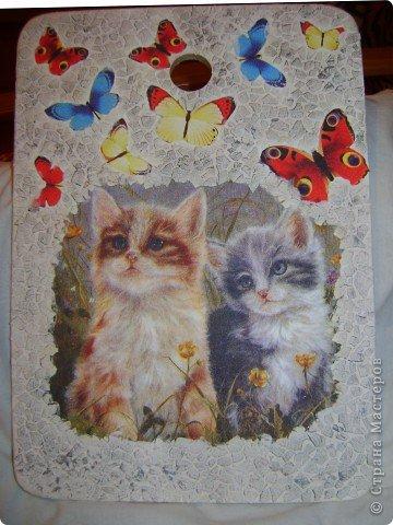 Очень понравилась салфетка с котятами.