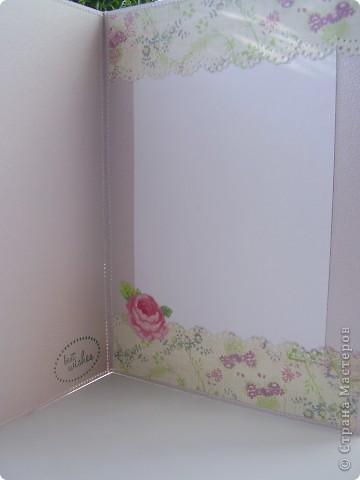 Еще одна порция открыток. В этот раз открытки на день рождения. Начнем по порядку. Первая, пожалуй, самая простая. Но кажущаяся простота компенсируется яркой бумагой. фото 8