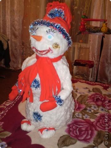 Снеговик на городскую ёлочку. фото 2