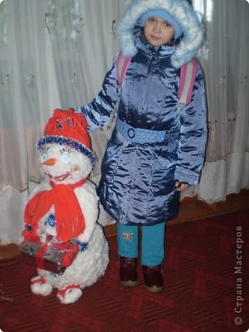 Снеговик на городскую ёлочку. фото 3
