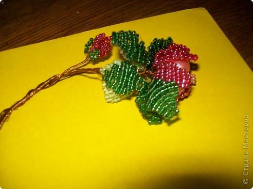 Розы из бисера. фото 4