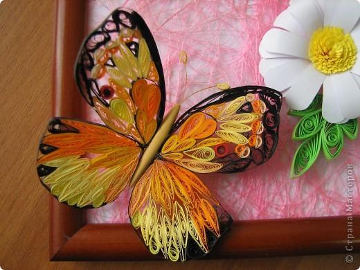Решила попробовать сделать бабочку, и долго думала куда бы её усадить... Решила сделать что-то вроде ромашкового поля))) фото 3