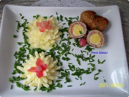 Рулеты с перепелиными яйцами и картофельное пюре. фото 1