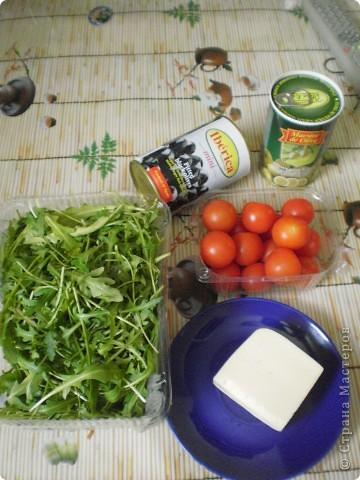 Вот так он выглядит- Полезный,легкий,вкусный и простой! Вообще-то это Итальянский салат с Рукколой,но рецепт мне дали девочки-модели,которые работают в Доме Моды,они благодаря этому салатику-не поправляются!!! Вот и я,работая много лет в этом Доме,устраиваю себе разгрузочные дни И ХОЧУ рецептом этого салата поделиться с вами!!! фото 2