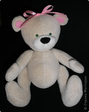 Пообещала дочке парочку медведей к Валентинову дню - для неё и её друга. Выкройку нашла в интернете, не помню сайта. Просто по запросу открывала все ссылки подряд,пока не попала на понравившуюся. фото 2