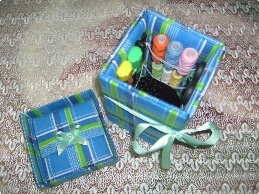 Моя коробочка для рукоделия. Повторюшка. Подсмотрела в Стране Мастеров. Получилась очень нужная и полезная вещь.  фото 2