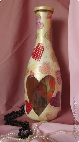 В порыве декупажной страсти пошла по соседям в поиске подходящих бутылок. Выцыганила-таки)))) Ну вот , выкладываю результат))) фото 1
