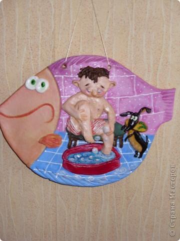 """Рыбка-мультяшка """"Мальчик моет ноги"""" фото 3"""