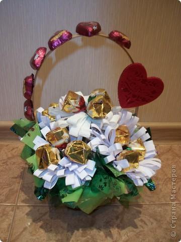 Вот такой букетик я сделала ко Дню влюбленных. Хочу попробовать выложить свой первый МК, поэтому не судите строго, а если что не так, то подскажите! ))) фото 24