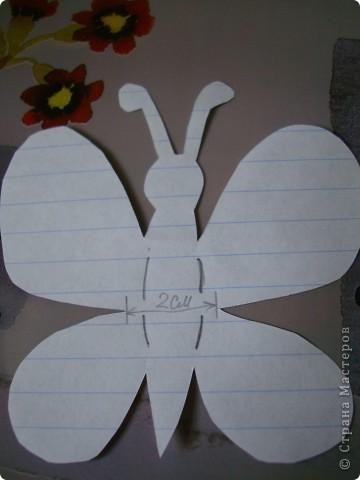 Хочу предложить еще два варианта поделок из салфеток для уборки. Впереди праздники , и может быть такой цветок и бабочка пригодятся для изготовления подарочков вместе с детьми. фото 11