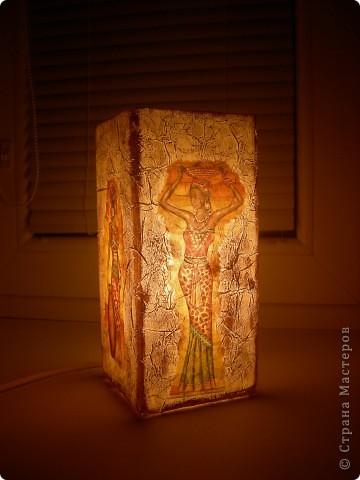 На этот раз в ход пошел светильник из Икеи и все та-же, знакомая всем салфетка, вот результат. фото 1