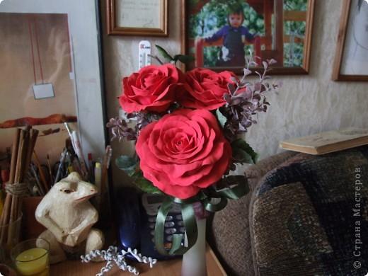 Алые розы...