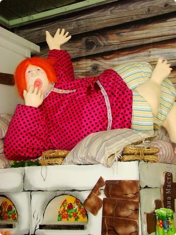 """Вдохновленная фоторепортажами Страны Мастеров, решила поместить несколько фотографий с ежегодной городской выставки цветоводства и садоводства """"Флора."""" Фотографии разных лет, на них запечатлены некоторые интересные моменты и экспозиции с любимой всеми жителями Омска выставки. На первом фото цифра 292 - столько лет исполнилось со дня основания города. В последние годы эта выставка приурочена к Дню города. фото 4"""