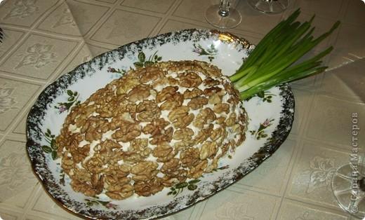 """Вот такие салатики я делала в Новый год!  Салат """"Ананас"""" фото 1"""