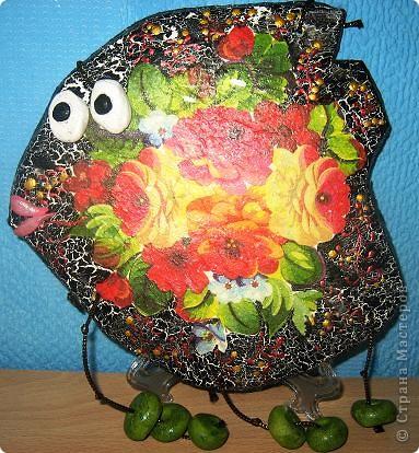 Рыба в русском стиле. Рыбех делали с моей девятилетней дочерью. Декупаж на соленом тесте. Попытка кракле. Роспись контурами. фото 1