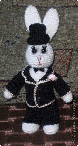 В преддверии дня святого Валентина не могу не показать своих зайчиков, связанных на свадьбу дочери подруги. фото 8