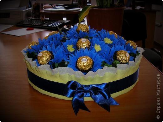 Вот такая корзинка со сладкими цветочками у меня вышла :)  фото 5