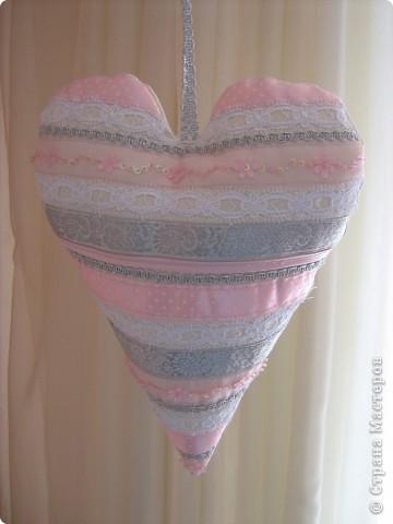 Посетило вдохновение и... вот такое сердечко получилось за 10-15 минут.  Хочу украсить комнату своей доченьки множеством таких (или подобных) сердечек. Она их обожает. :)) фото 10
