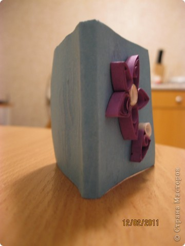 Вот такой блокнотик я себе сделала! За странички спасибо АнкаПартизанка , в работе http://stranamasterov.ru/node/145357?tid=451 фото 4