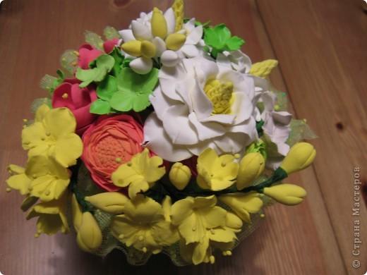 """Этот букет собрала из """"несуществующих"""" цветов, за исключением ранункулюсов (Спасибо Юлии П_и_Л за МК) Не пыталась скопировать натуральность растений, просто руки лепили сами (вдохновленные вашими отзывами о предыдущих работах))) фото 1"""