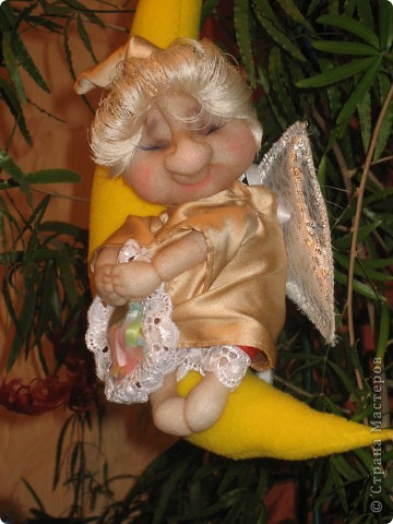 Первый ангелок был оставлен себе, пришлось делать еще одного :)) фото 3