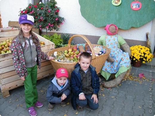Яблочный праздник. Октябрь 2010 фото 21