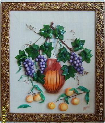 вино,виноград и абрикосы.Картина на кухню.Лепится легко,единственный минус,из за большого размера сложно переворачивать фото 1