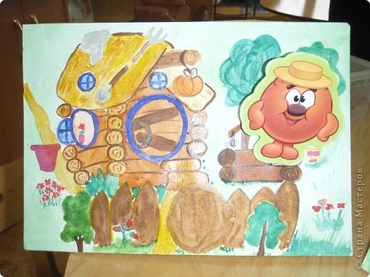 Домик Совуньи, сама Совунья это картонная картинка которая осталась у меня от детской игры-вырубки, преклеена к палочке для мороженого можно вытащить и переместить в гости к другому смешарику. фото 3