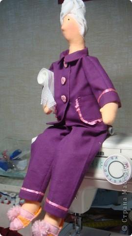 Новенькая моя красатуля, может кому пригодится совет - для полотенца использовала канву. фото 2