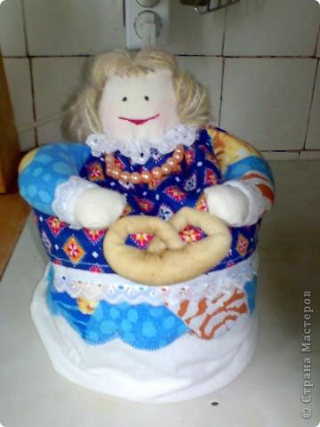 Давно хотела сделать грелку на чайник, вот и сподобилась, а заодно и прихватки сшила. фото 1