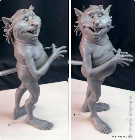 Недавно, шарясь в инете, я наткнулась на скульптуры Марка Ньюмана (Mark Newman), от которых я просто не могла оторвать глаз. Стала искать информацию и ,конечно, захотелось поделиться с кем-то такой красотой. Может быть кому-то в Стране покажется интересными работы этого художника. Немного информации о самом скульпторе: Марк Ньюман родился в Окланде, США, в июне 1962-го года. Художник профессионально занимается скульптурой уже более 19 лет.  А повлияли на его творчество такие мастера как Жан Лорензо Бернини, Микеланджело, Альфонсе Муча и многие другие. Весьма и весьма благотворно повлияли, ведь теперь у Марка есть собственная студия, гордо носящая имя художника: Mark Newman Sculpture Inc. Работая над скульптурами, Марк Ньюман всегда старается выкладываться по полной, и от этого он получает огромное удовольствие. Марк надеется, что таким образом он вдохновит и других художников, и обычных зрителей, созерцающих его работы. Начинающим художникам он советует: побольше практиковаться, побольше рисовать, наблюдать за окружающим миром и исследовать его формы, ведь все, чему надо учиться – все это вокруг нас. Приятного всем просмотра и вдохновения!  фото 5