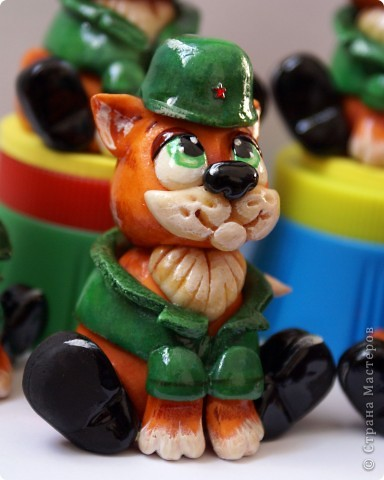 Вот таких бравых котят-солдат я сделала на днях))).  фото 2