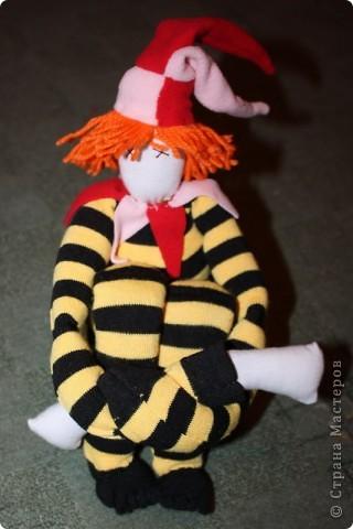 Вот тут( http://stranamasterov.ru/node/89726?tid=1054 ) увидела идею шитья куклы из гетра.  фото 1