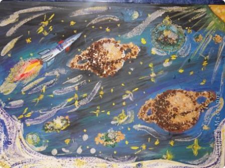 Такие работы  сделали мои ученики к конкурсу, посвященному 50-летию первого полета в космос! фото 11