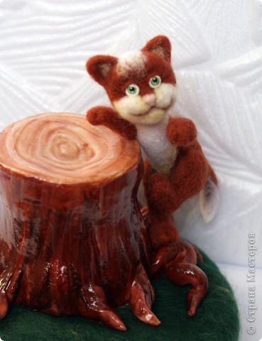Вот я и закончила валять Машеньку))). Моя первая куколка из шерсти. Надеюсь Вам она понравится) фото 8