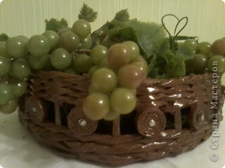 Вот такая получилась ваза для фруктов или для хлеба. фото 2