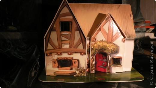 домик с наружи (собраный) фото 1