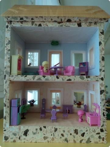 Двух этажный домик. фото 2
