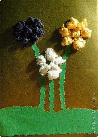 Цветы из мятых салфеток фото 1