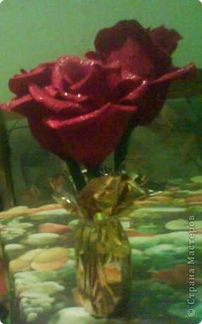 Роза из гофрированной бумаги. фото 3