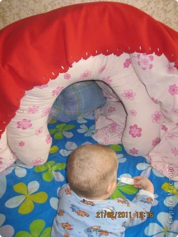Домик из одеяла и подушки для кормления фото 1