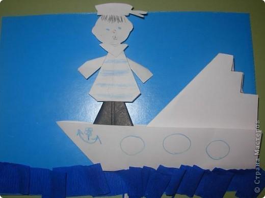 С детьми подготовительной группы сделали для пап пароходы, парусники с моряками.  фото 3
