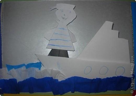 С детьми подготовительной группы сделали для пап пароходы, парусники с моряками.  фото 5