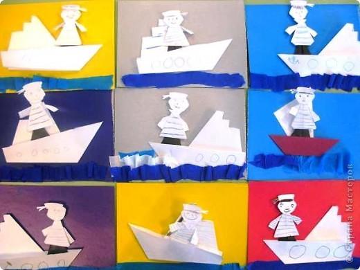 С детьми подготовительной группы сделали для пап пароходы, парусники с моряками.  фото 1