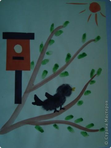 В работе использовала и аппликацию и рисование (примакивание, тампон, кисть) фото 2