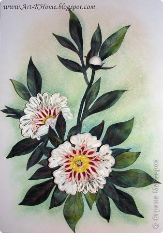 Вот такой символ весны получился.  Размер работы 25 на 35.  Большой цветок в диаметре см 8-9.  Листья - бумагопластика, ханди. Спасибо, что зашли!!! Всем удачи!