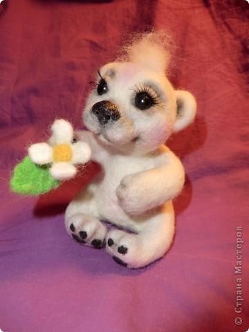 """Такая мишка Мишель получилась уже дома после """"шлифования"""" и дарения ей цветочков и ягодок фото 3"""