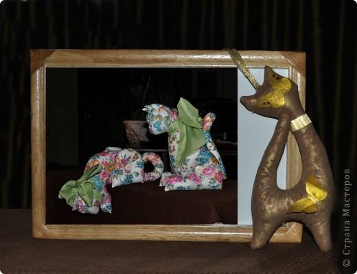 Киску увидела у Настиной бабушки Любаши, только в другом исполнении. Красила какао + золотая акриловая краска для ногтей. Её рост 21 см фото 2